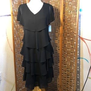 SLNY Short Dress with Sleeve Black Dress Size 10